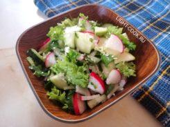 салат из кабачка свежего с редиской и огурцом