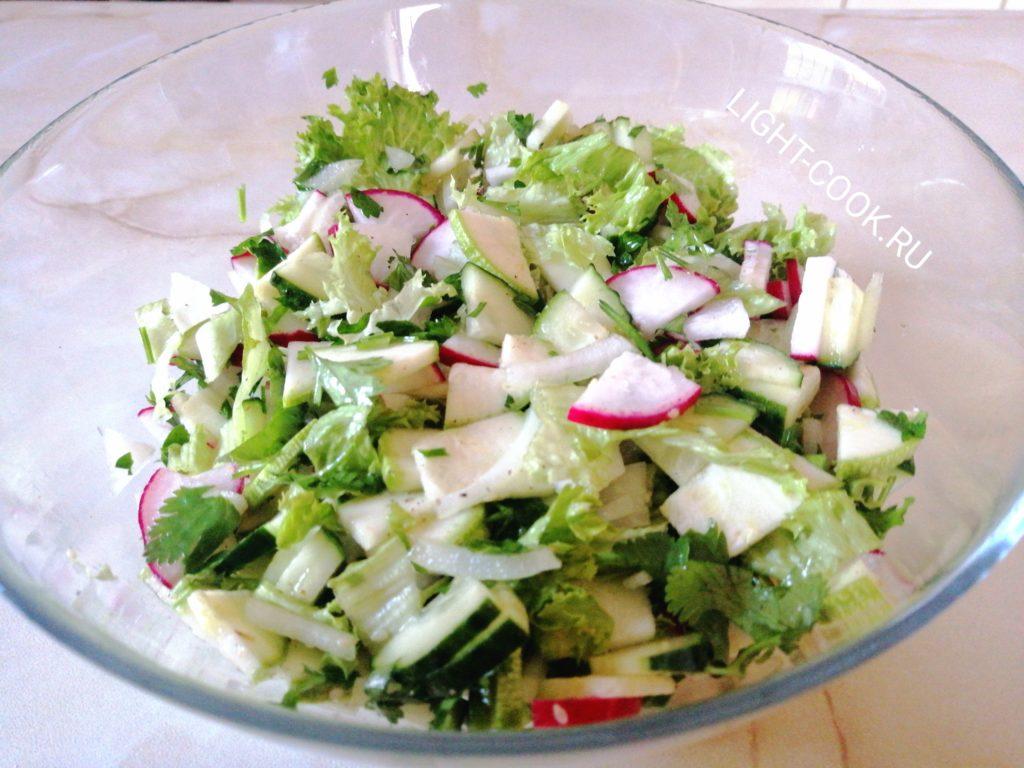 салат из кабачка свежего фото