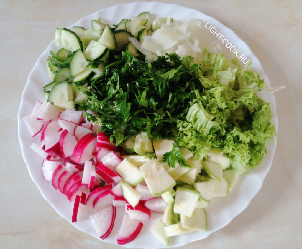 салат из кабачка свежего и редиски