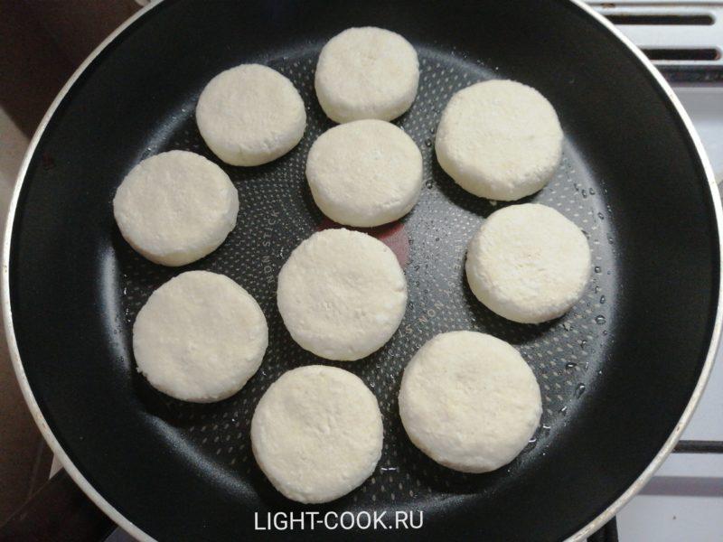 Как сделать сырники из творога рецепт пошагово